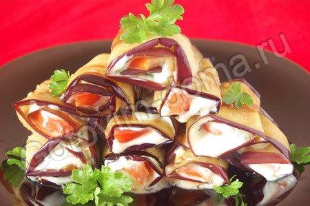 рулеты из баклажанов с помидорами рецепт